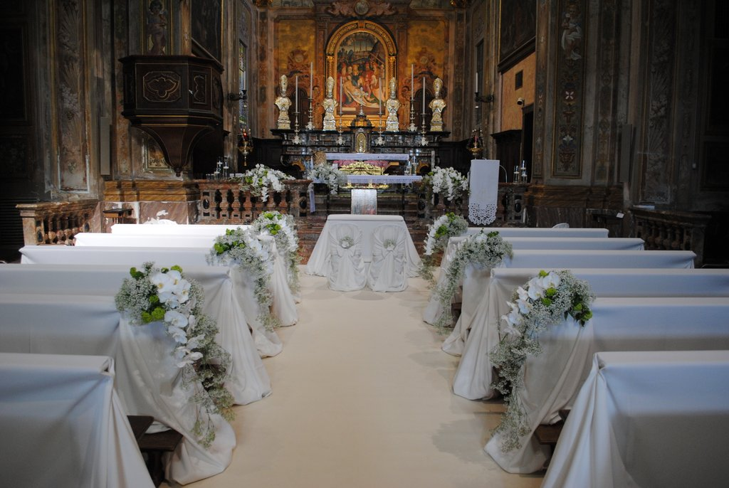 Molto Fiorista per matrimonio in chiesa sul Lago Maggiore UA14