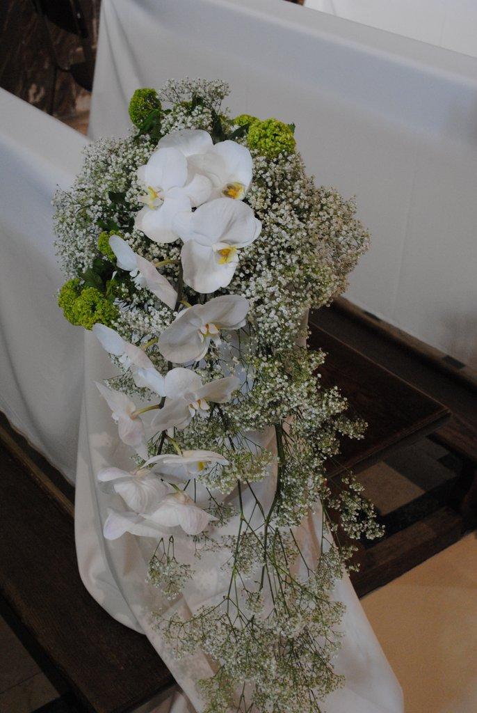 Addobbi Floreali Matrimonio Natalizio : Fiorista per matrimonio in chiesa sul lago maggiore