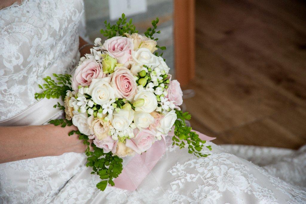 Bouquet da sposa – Composizioni floreali di Giuseppina Comoli bdc3b006397