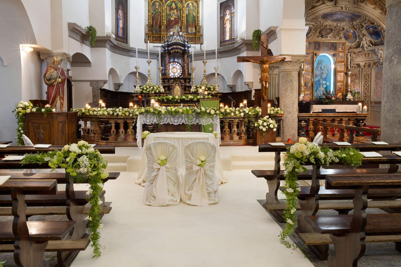 Top Fiorista per matrimonio in chiesa sul Lago Maggiore FO41
