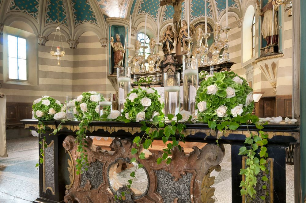 Addobbi Per Matrimonio In Chiesa : Fiorista per matrimonio in chiesa sul lago maggiore