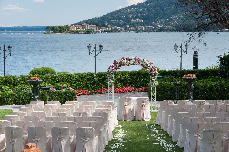 Matrimonio Lago Toscana : Matrimonio sul lago maggiore fiorista per matrimoni