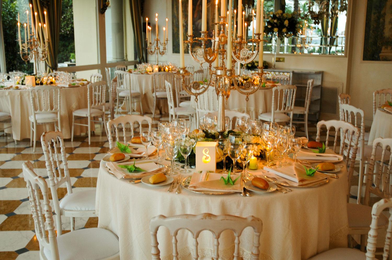 Centrotavola per matrimoni addobbi floreali per ricevimenti di giuseppina comoli - Composizioni floreali per tavoli ...