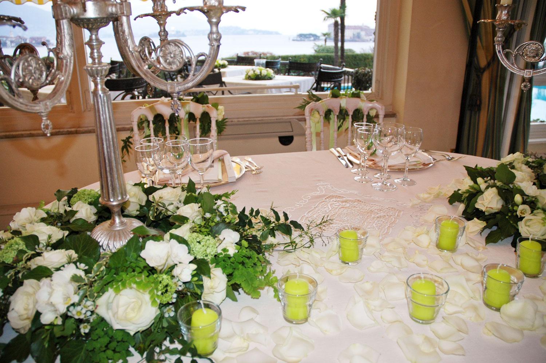 Decorazioni per la tavola per matrimoni  Illustrazion